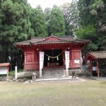 義弘公が朝鮮出兵の出陣式を行った勝栗神社です。約800年前に建てられたようです。